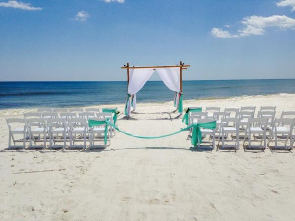 Bamboo Arbor Chuppah Beach Chairs Resin Folding Chairs