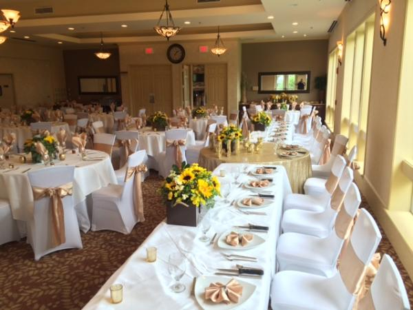 Scenic Hills Country Club White Linens Off Set With Champagne Napkins And Chair Sashes